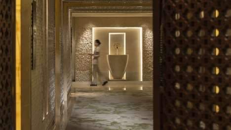 Manicure Hotel Suites - The Four Seasons Hotel Beijing Has Launched a In-Hotel Nail Salon