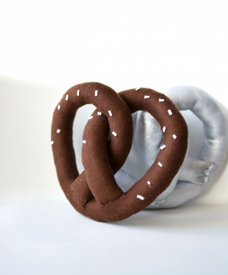 Plushed Pretzel Pillows : cushion design