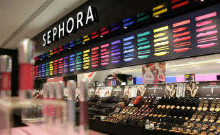 Leadership Beauty Business Programs - Sephora is Offering Guidance to Female Cosmetic Start-Ups