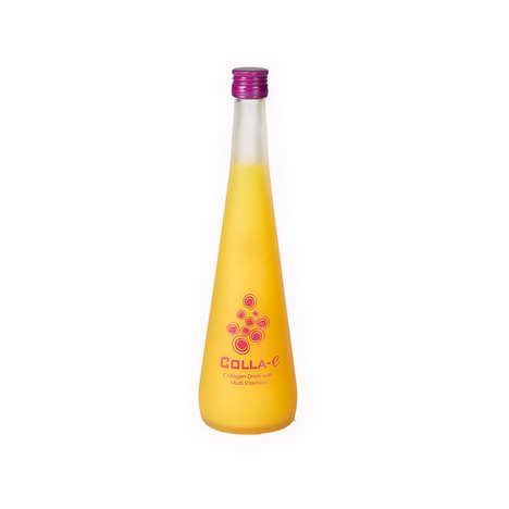 Multivitamin Collagen Drinks - 'COLLA-E' is Enriched with Seaweed and Passion Fruit Essence