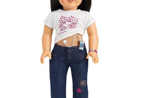 Educational Diabetic Dolls - The American Girl Diabetes Care Kit Teaches Young Girls About Illness