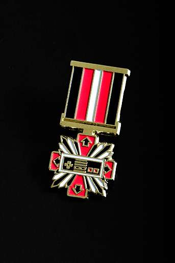 Supermandolini Medals for 'Console War' Veterans