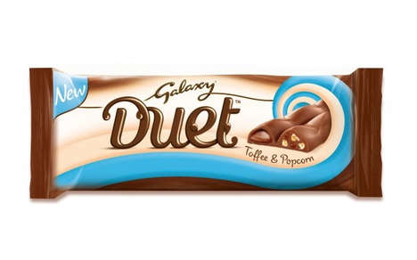 Dual Filling Candy Bars - The Galaxy Duet Chocolate Bar Features Either a Toffee and Popcorn Centre