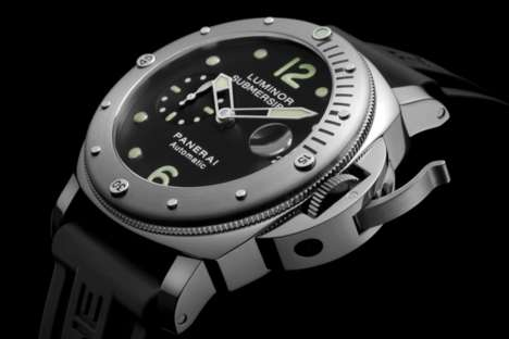 Stylish Submersible Timepieces - The Panerai M00024 Luminor Watch is Designed to Function Underwater