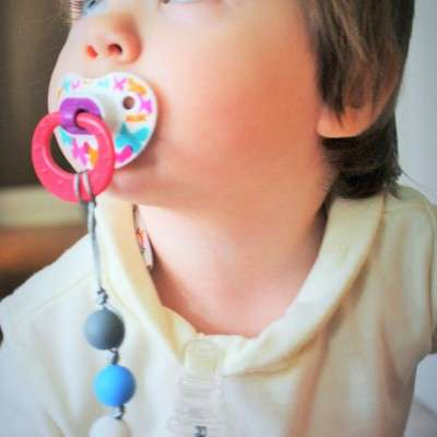 Bacteria-Resistant Baby Accessories - Chic Mammas Pacifier Clips Keep Soothers from Getting Lost