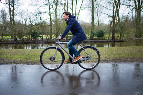 Internet-Connected E-Bikes - The VanMoof 'Electrified S' Electric Bicycle Design is Smart