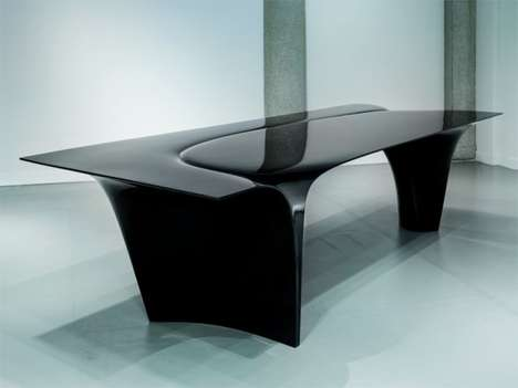 Sleek Oblique Furniture - The Mew Table Desk by Zaha Hadid is One of Her Last Designs
