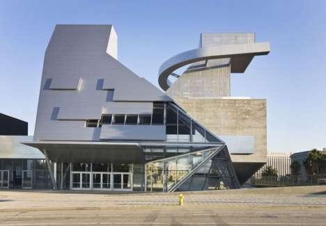 Futuristic Schoolchitecture