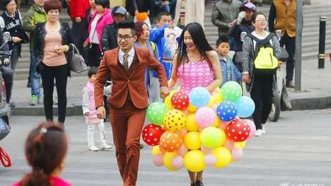 Balloon Wedding Attire - Groom Lu Kepeng Created a Colorful Homemade Wedding Dress for His Bride