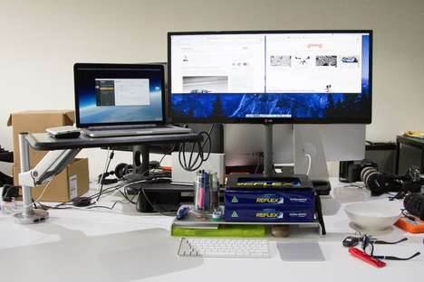 Flexible Standing Desks - This Sit-And-Stand Desk Supports Mobility In the Office