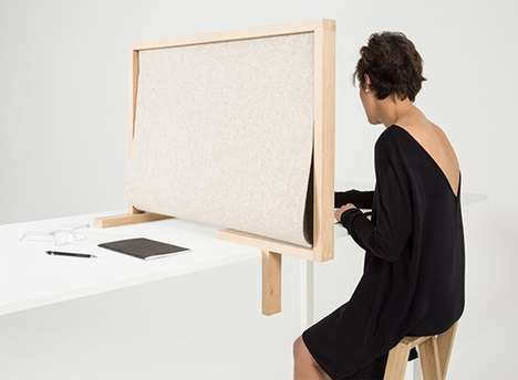 Transportable Desk Dividers - The 'Diplomate' Provides Portable Noise Cancellation in Open Offices