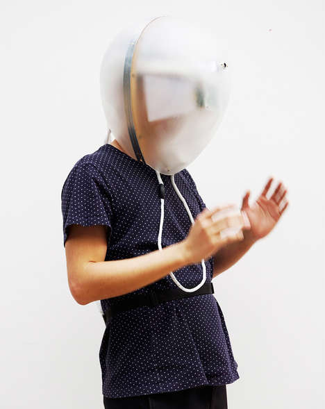 Disorienting Symptom Simulators - This Hi-Tech Helmet Enables People to Experience Dementia