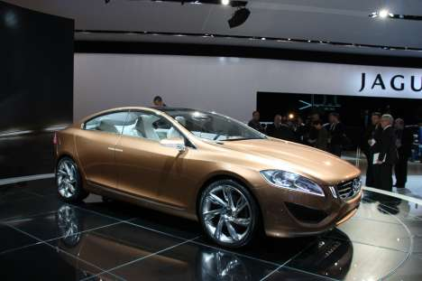 Volvo S60 Unveiled at 2009 Detroit Auto Show (UPDATE)