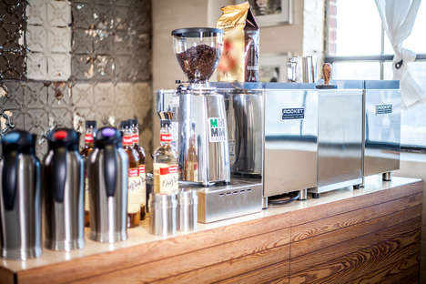 Mobile Espresso Bars - Toronto's Latte Booth Brings Quality Italian Coffee Directly to Events