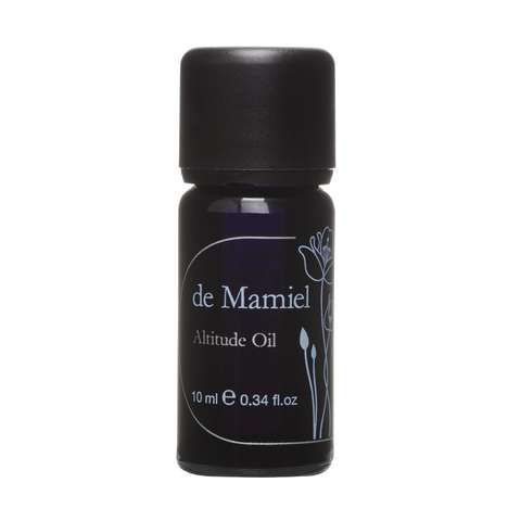 Aiding Altitude Aromatherapy - de Mamiel's 'Altitude Oil' Naturally Prevents Transportation Sickness