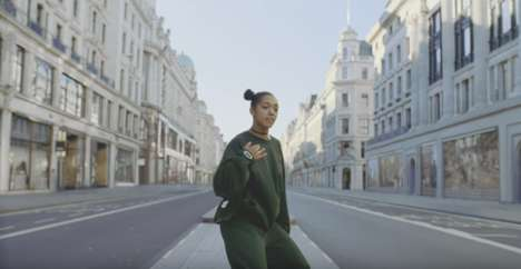 Choreographed Headphone Ads - This Bose Commercial Follows a Dancer Throughout the Streets of London