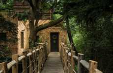 Charming Luxury Treehouses - The Woodsman's Treehouse Blends Natural Surroundings & Modern Luxuries