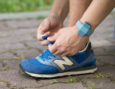 Emotion-Tracking Wearables - The 'Sence' Wearable Trackers Lets Users Track Their Emotional State