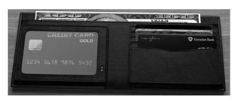 E-Ink Wallets
