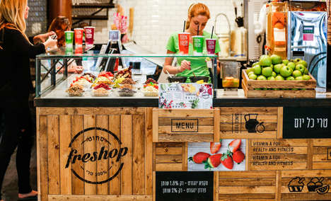 Freshness-Focused Juice Kiosks - Freshop Juice Bar's Branding and Signage Celebrate Raw Ingredients