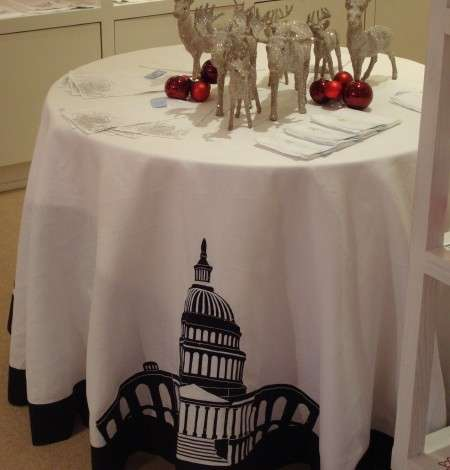 Toast To Obama With The Luxury French White House Tablecloth