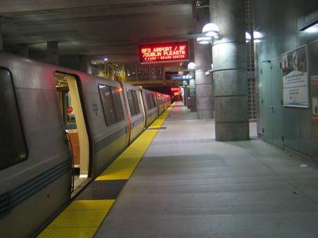 Subway Web Surfing - WiFi Rail Makes Deal with BART for Underground Internet Access