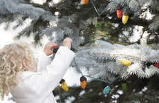 Bird Seed Christmas Decorations - The Bird Seed Christmas String Lights Give a Snack to Winter Birds