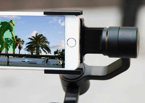 Stabilized Smartphone Rigs - The 'LitleCane' Smartphone Stabilizer Keeps Footage Streamlined