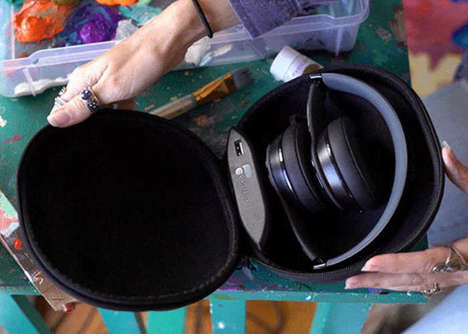 Protective Charging Headphone Cases - The 'WAVe' Charges Wireless Headphones During Storage