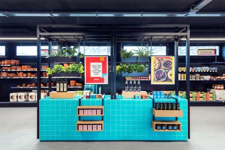 Chromatic Supermarket Merchandising