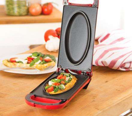 Dual-Sided Breakfast Appliances - The Dash Omelette Maker Prepares Meals Quickly in Minutes