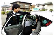 Childbirth-Assisting Taxis - Cab Company Furusato Kotsu's Pregnancy Service Includes Midwife Input