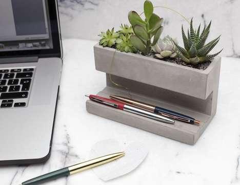 Stress-Reducing Desk Gardens