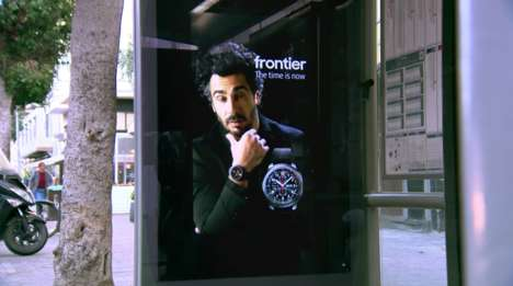 Live Smartwatch Billboards - This Living Poster for the Samsung Gear S3 Depicts a Live Feed
