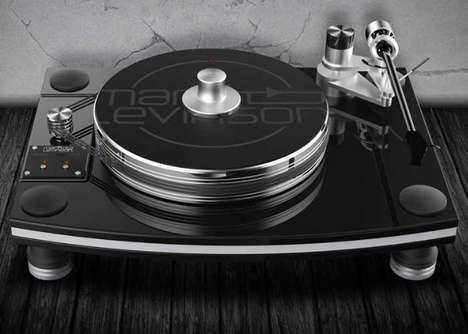 Triple Belt Record Players - The Mark Levinson № 515 Record Turntable Ensures Optimal Playback