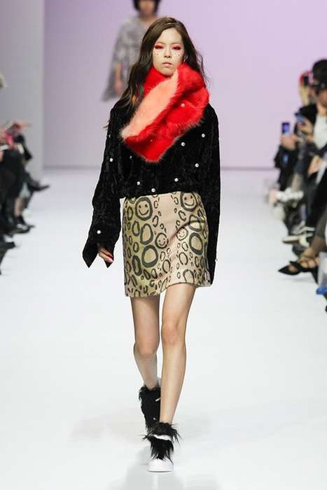 Bedazzled 90s-Inspired Fashion - KYE Debuted Its New Fall/Winter Line at Seoul Fashion Week