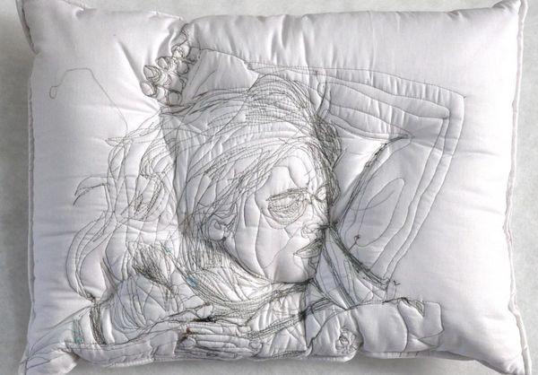 34 Innovative Pillow Designs