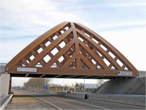 Massive Load-Carrying Akkerwinde Bridge Made of Accoya