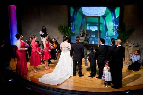 Nerdalicious Nuptials - Video Game-Inspired Wedding Unites Gamers in 'Halo' Matrimony