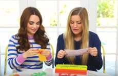 Miniature Burger-Making Games - Celebrity Web Personality iJustine Played 'Burger Mania' for YouTube