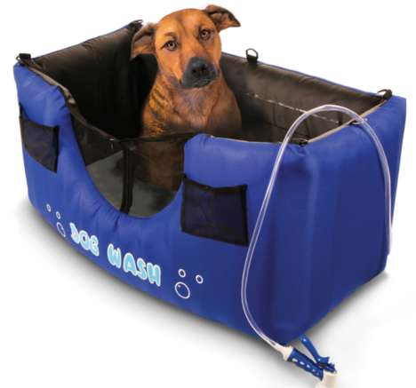 Inflatable Dog Showers - The Dog Wash Allows Pet Owners to Bathe Their Dogs Outdoors