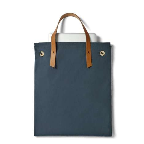 Compact Picnic Totes - This Tote Bag Unfolds into a Picnic Blanket
