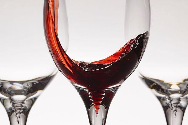 Wine Sediment Catching Glasses : wine