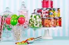 Monthly Candy Subscriptions - Candy Club Offers Subscribers Premium Candy Each Month