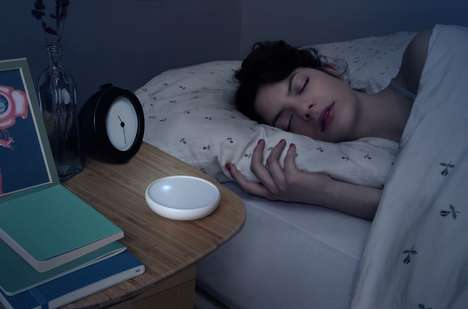 Sleep-Encouraging Lights - The 'Dodow' Metronome Light Helps You Fall Asleep 2.5 Times Faster