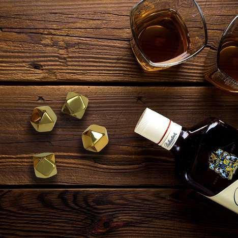 Gilded Liquor Chillers - The NIFTY5 Premium Gold Ice Cubes Add a Premium Touch to Libations
