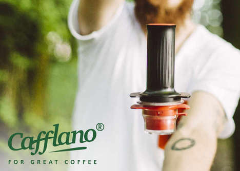 Compact Espresso Brewers - The Cafflano 'Kompresso' Creates Beautiful Coffee Drinks Wherever You Are