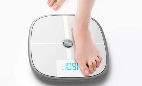 Weight-Tracking Smart Scales