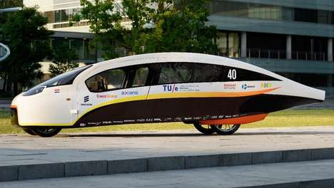 Sunlight-Optimizing Solar Vehicles - This Solar-Powered Car Maximizes Sunlight Exposure When Parked