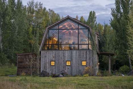 Barn-Style Guesthouses